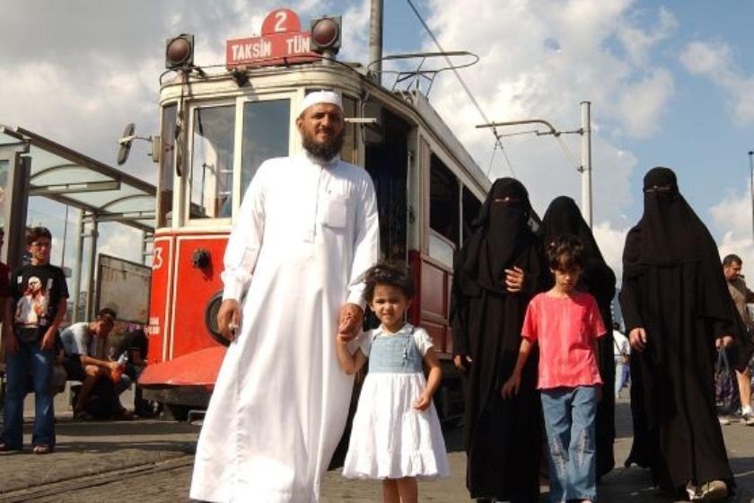 عربها بیشتر به ترکیه سفر میکنند