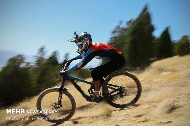 شروع مرحله نهایی مسابقات دانهیل لیگ دوچرخه سواری از فردا در اراک