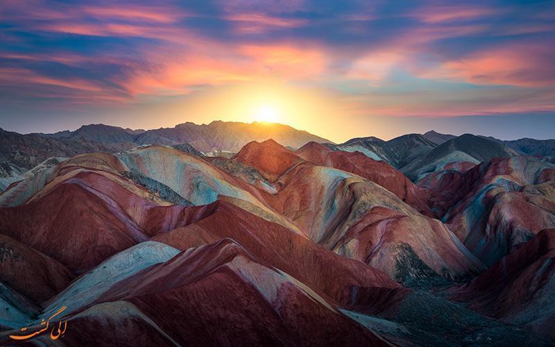 همه چیز درباره پارک ملی ژانگی دانکسیا چین