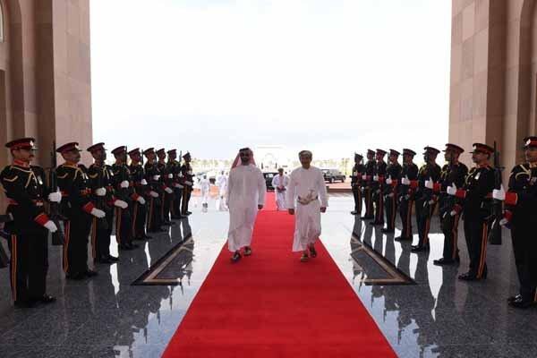 عمان؛مقصد دیپلماتهای اماراتی و سعودی