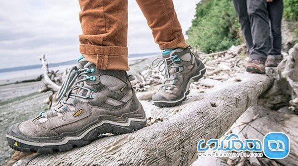 کفش مناسب پیاده روی در سفر ، پاهایتان در چه کفشی راحت هستند؟