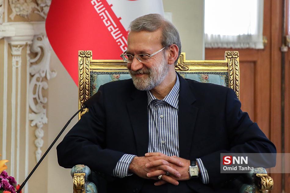 لاریجانی وارد کرمانشاه شد