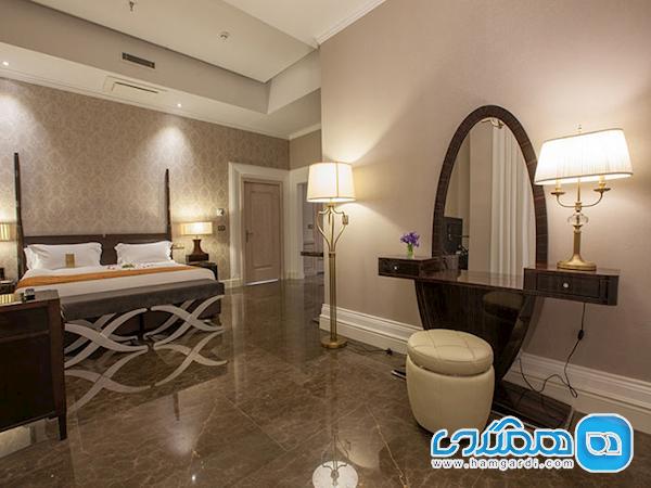 پذیرش مسافران در هتل ها مانند قبل ادامه دارد