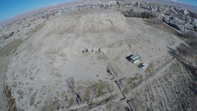 بررسی قدیمی ترین لایه های استقراری یک تپه 7000 ساله