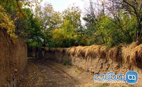 شهر کوچه باغ های 40 کیلومتری و درهای سنگی دو هزار ساله