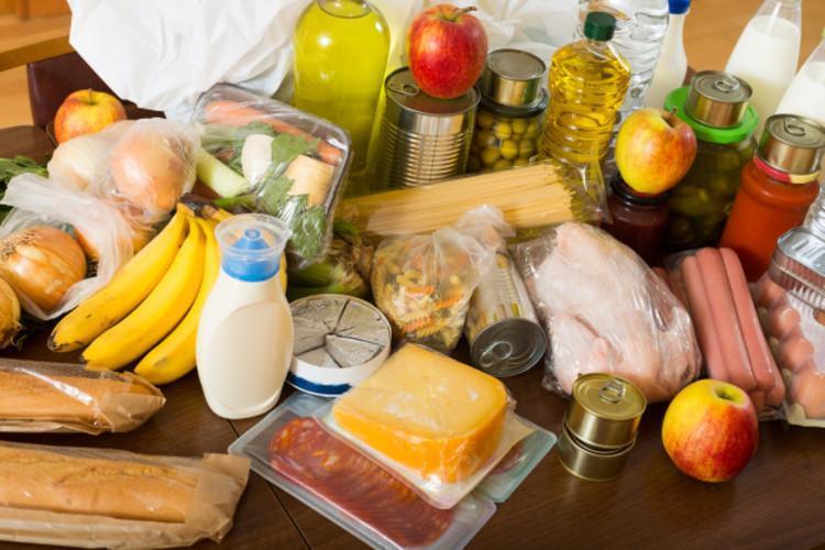 رصد تورم خوراکی ها در سه شرایط