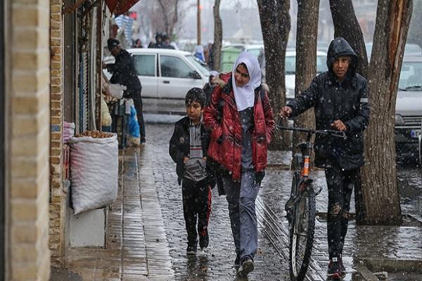 تداوم بارش برف و باران در کشور، خلیج فارس مواج است