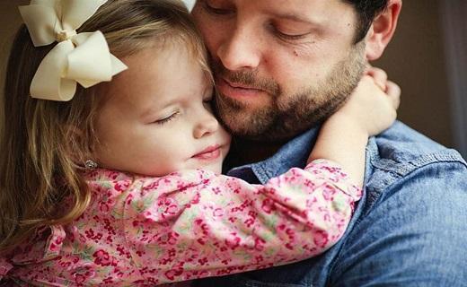 عمر پدران دختر دار بیشتر است