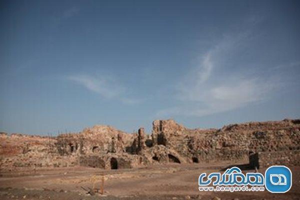 قلعه هشنیز در شهرستان پارسیان بازسازی می گردد