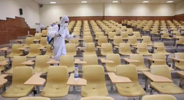 زمان کلاس دانشگاه ها کوتاه شد، ممنوعیت حضور استاد و دانشجوی کرونایی